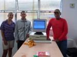 Parabéns! Jorge, Gilberto e Priscila apresentando o PC funcionando.